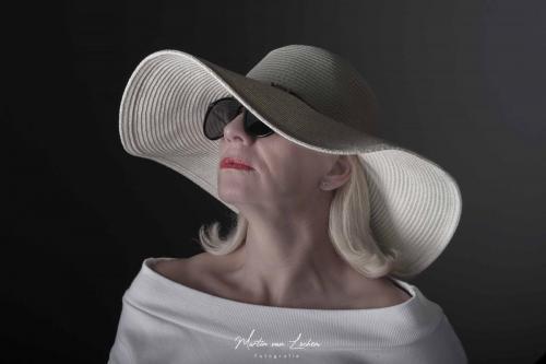 Brenda-Hoed-1-min